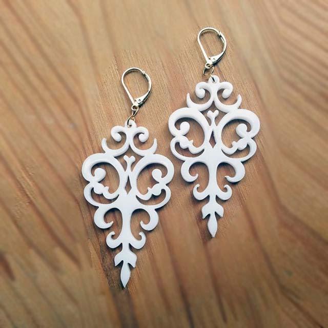 Jewelles