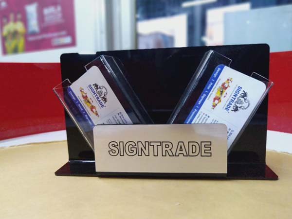 acrylic-table-top-id-card-holder-img002
